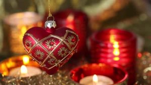 Christmas tree red heart